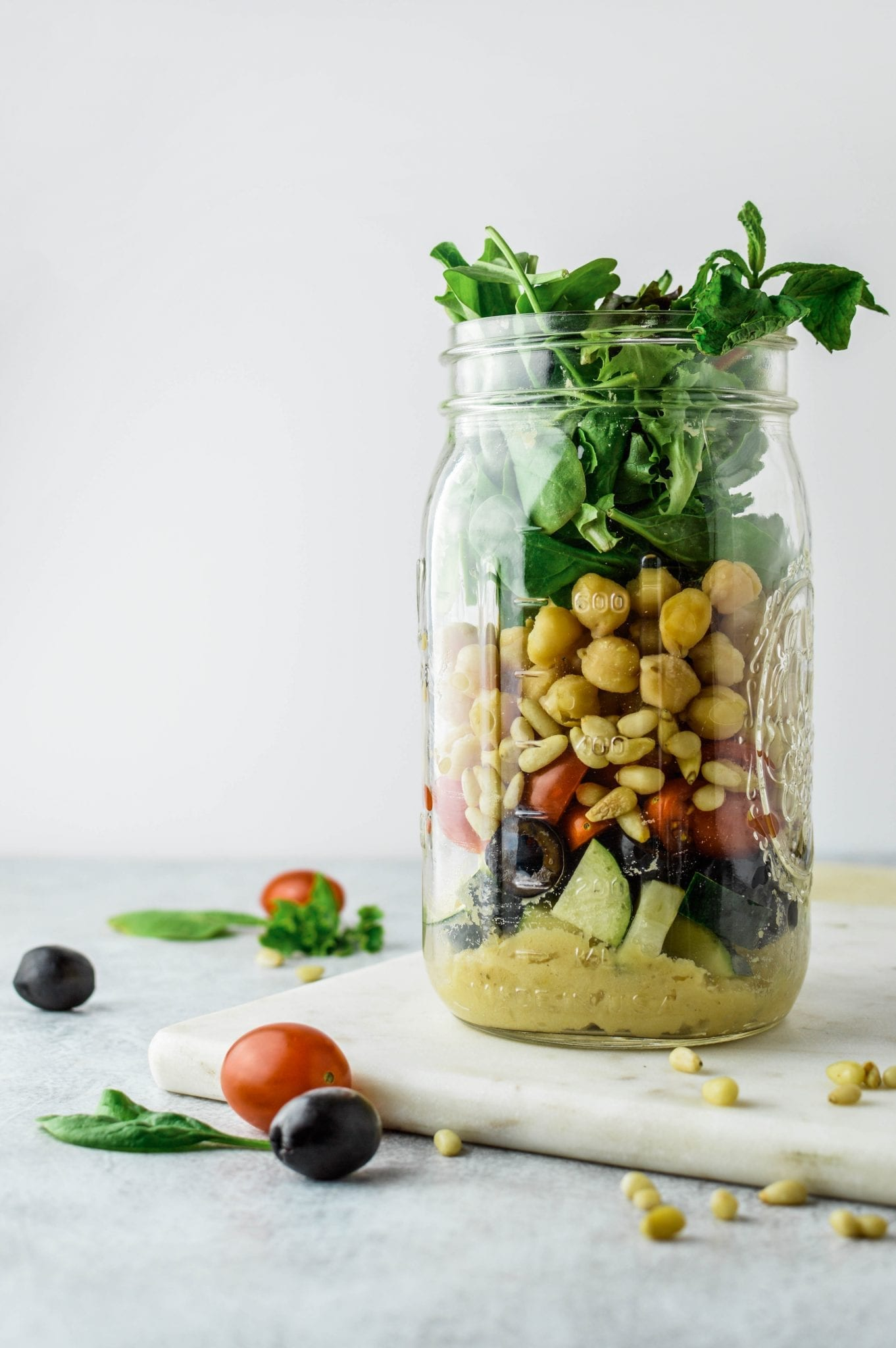Mediterranean Chickpea Mason Jar Salad Recipe