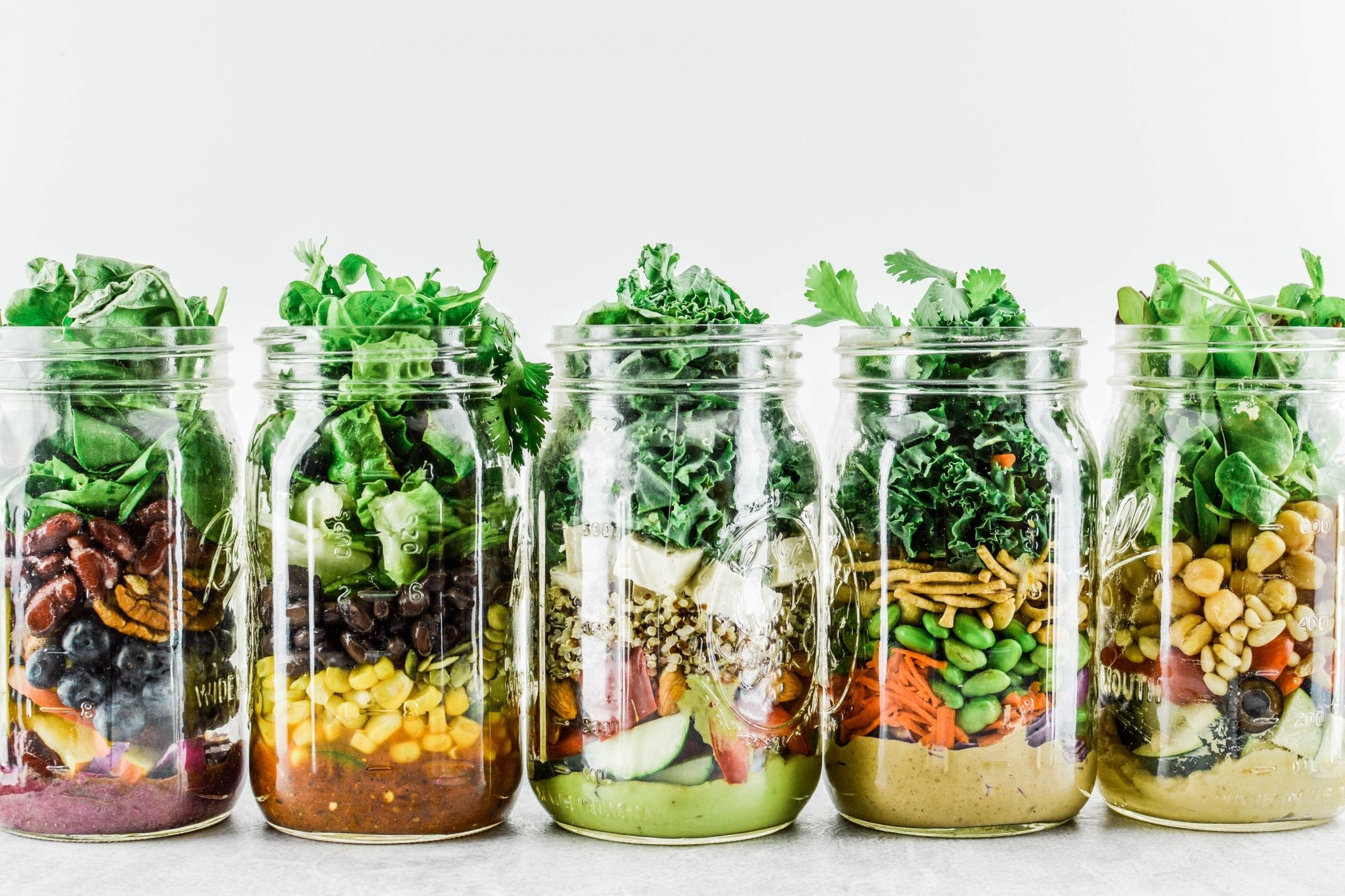 5 Healthy Mason Jar Salads for the Week